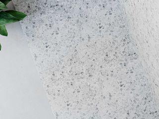 Stracciatella – Disfruta de la dolce vita con nuestro plato de ducha más tutti frutti Bosnor, S.L. Baños de estilo ecléctico