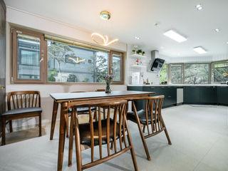 한글주택(주) Scandinavian style dining room