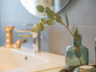ALLESTIMENTO E SERVIZIO FOTOGRAFICO per l'Architetto Fabiola Cucchi Mirna Casadei Home Staging Bagno moderno