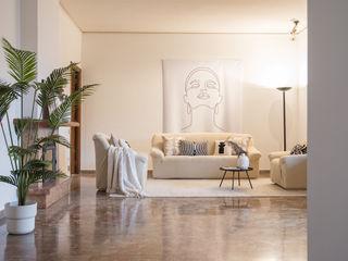 HOME STAGING per un APPARTAMENTO DA SOGNO SULL'ARNO A FIRENZE Mirna Casadei Home Staging Soggiorno moderno