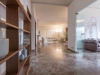HOME STAGING per un APPARTAMENTO DA SOGNO SULL'ARNO A FIRENZE Mirna Casadei Home Staging Studio moderno
