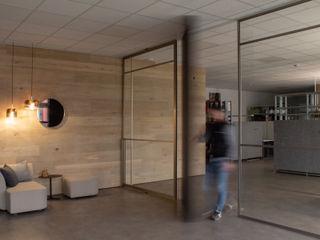 Hammer & Margrander Interior GmbH Windows & doors Doors