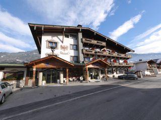 MARI POP HOTEL BESTO ZT GMBH_ Architekt DI Bernhard Stoehr