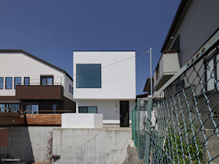 展望台のような家 石川淳建築設計事務所 木造住宅 白色