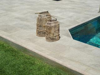 Çeşme Villa Projesi Serapool Tropikal Havuz Seramik Yeşil