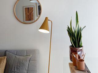 Rafaela Fraga Brás Design de Interiores & Homestyling Phòng học/văn phòng phong cách tối giản Ly Grey