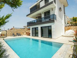Sığacık Villa Projesi Serapool Bahçe havuzu Seramik Bej