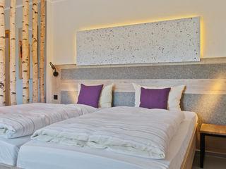 Interiordesign - Susane Schreiber-Beckmann gestaltet Räume. Country style hotels Engineered Wood Beige