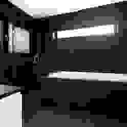 AR Design Studio- The Medic's House AR Design Studio Baños de estilo moderno