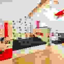 Jugendzimmer in FCN-Farben Moderne Kinderzimmer von tRÄUME - Ideen Raum geben Modern