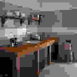 Masia Olive, Cream , Decor Jewel Cream 7,5x15 homify Cocinas de estilo rústico Cerámico