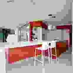 Glass Kitchen ARCHICURA Cocinas de estilo moderno