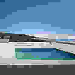 Modern pool by Alberto Campo Baeza Modern