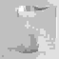 PASSIONE PER IL BIANCO Ingresso, Corridoio & Scale in stile minimalista di StudioG Minimalista