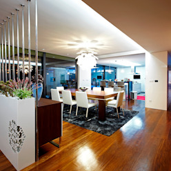 Augusta House Risco Singular - Arquitectura Lda Comedores de estilo minimalista