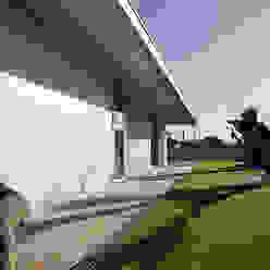 XIEIRA HOUSE II Moderner Garten von A2+ ARQUITECTOS Modern