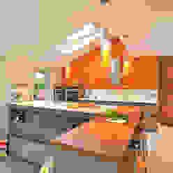 MR & MRS BENNETT'S KITCHEN Diane Berry Kitchens Modern kitchen