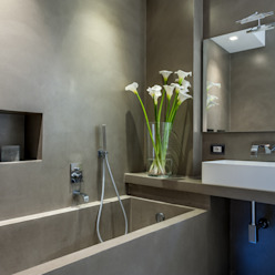 現代浴室設計點子、靈感&圖片 根據 zero6studio - Studio Associato di Architettura 現代風