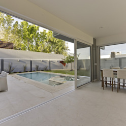 terraza Balcones y terrazas minimalistas de Excelencia en Diseño Minimalista