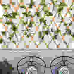 Balkon, taras i weranda od Blogger Groovy Elisa