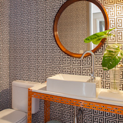 Casas de banho ecléticas por Mauricio Arruda Design Eclético