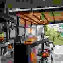 Kitchen by Ferraro Habitat,