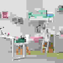 Habitación infantil con cama nido y litera Cuartos infantiles de estilo moderno de Sofás Camas Cruces Moderno