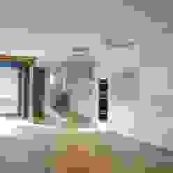 raum.werk.plus. architektur + raumdesign Salon moderne