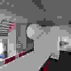 universal house Moderne woonkamers van groenesteijn architecten Modern