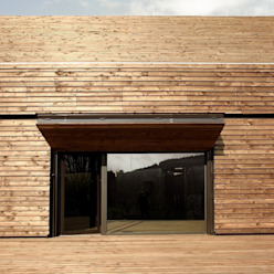 Salle de réception à Chauffailles Gerald Lafond architecte Centre d'expositions modernes