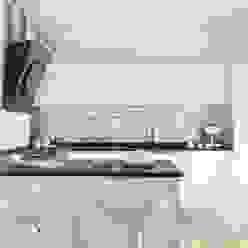 AM HOUSE Cucina minimalista di SANSON ARCHITETTI Minimalista