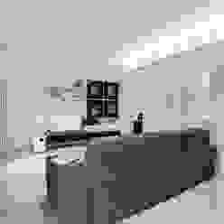 SANSON ARCHITETTI Minimalist living room