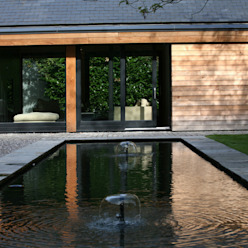 Cedarwood:  Houses by Nicolas Tye Architects