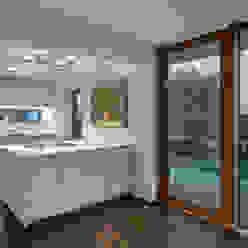 モダンな キッチン の Kauffmann Theilig & Partner, Freie Architekten BDA モダン