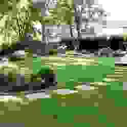 Shady family garden Louise Yates Garden Design Jardines de estilo moderno