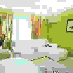 Salas de estar ecléticas por Apolonov Interiors Eclético