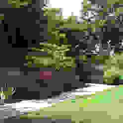 Traditional and Contemporary Mix Cherry Mills Garden Design Jardines de estilo rural