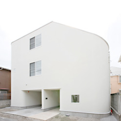 ​SLIDE HOUSE (House in Nakameguro) LEVEL Architects モダンな 家