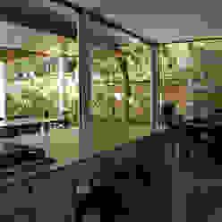 Santiago | casa praia Cozinhas tropicais por ARQdonini Arquitetos Associados Tropical