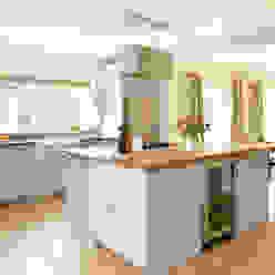 Painted Shaker kitchen by Harvey Jones Cocinas modernas: Ideas, imágenes y decoración de Harvey Jones Kitchens Moderno