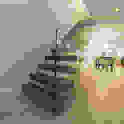 Straight Cantilever Staircase Railing London Ltd Corridor, hallway & stairsStairs