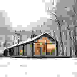 Casas de estilo escandinavo de Bedaux de Brouwer Architecten Escandinavo
