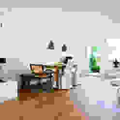 Neurenoviertes Reihenhaus von 1960 Bettina Wittenberg Innenarchitektur -stylingroom- Moderne Esszimmer