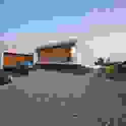 House with ZERO Stairs von STOPROCENT Architekci