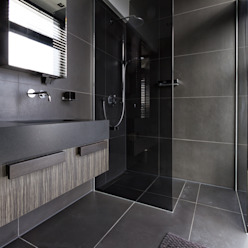 Modern bathroom by BB Interior Modern
