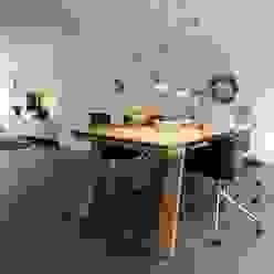 interne verbouwing beganegrond Moderne woonkamers van Schindler interieurarchitecten Modern