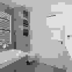 Vergunningsvrije uitbouw Bussum:  Badkamer door Het Ontwerphuis, Modern
