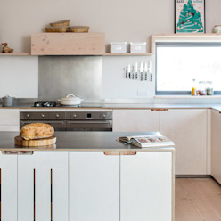 Contemporary Eco Kitchen in the Cotswolds Cucina in stile scandinavo di homify Scandinavo