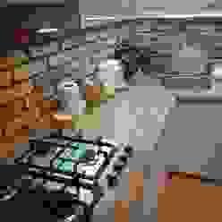 Cocinas rústicas de ITA Poland s.c. Rústico