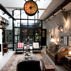 Garage Loft:  Woonkamer door BRICKS Studio, Industrieel